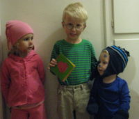 Kids dressed as Blue's Clues characters